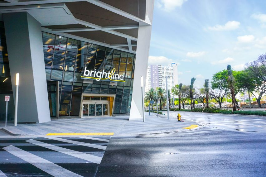MiamiCentral Brightline Entrance